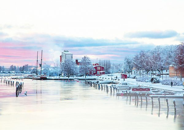 grafesko-canvastaulu-uudenkaupungin-talvi-vari-main
