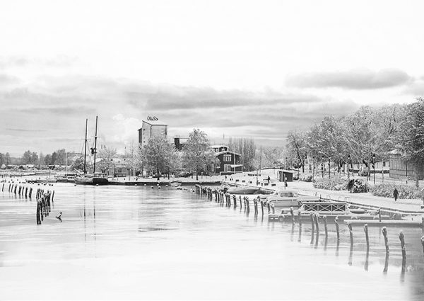 grafesko-canvastaulu-uusikaupunki-talvi-BW-main